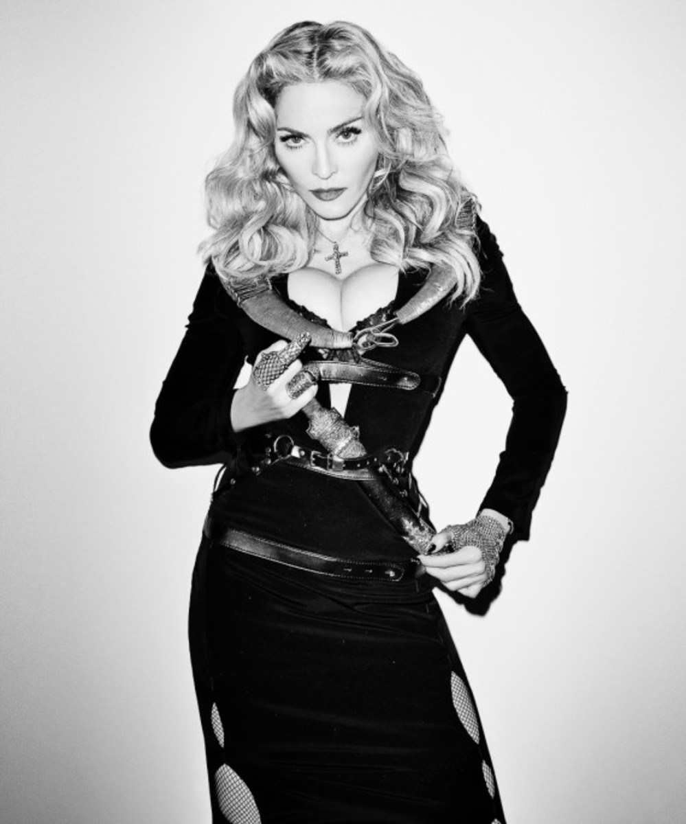terry-richardson-madonna-photo-session-for-harpers-bazaar-03