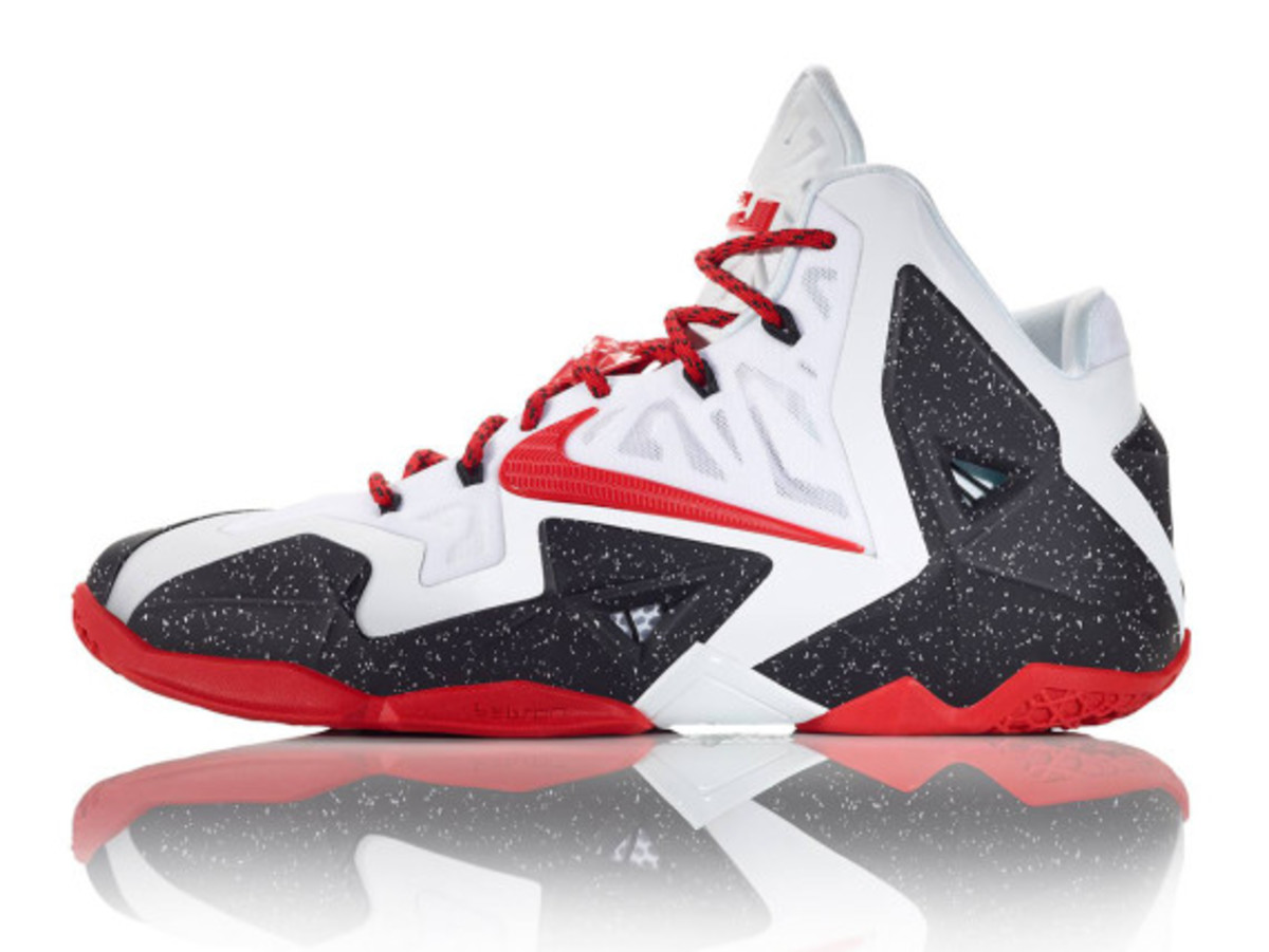 nike-lebron-11-id-available-now-04