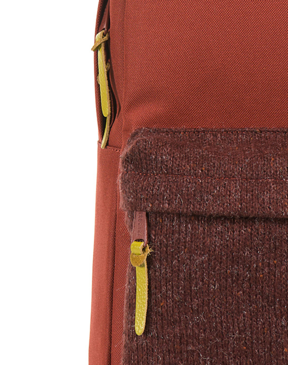 herschel-supply-co-knitted-woodside-packpack-16