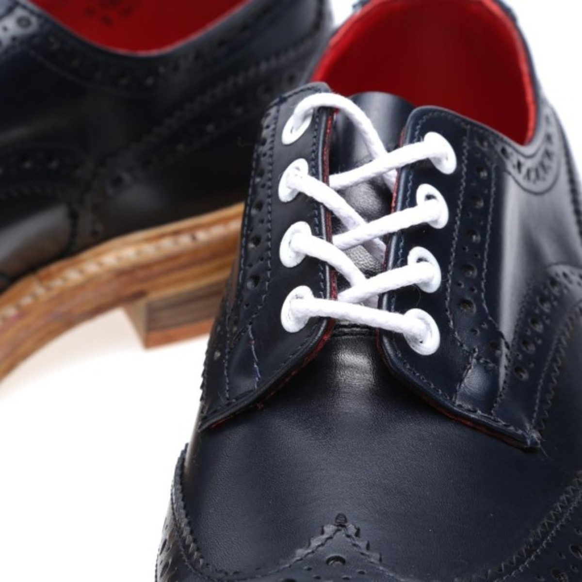end-x-trickers-bourton-derby-brogue-autumnal-pack-Navy-Aniline-Leather-08