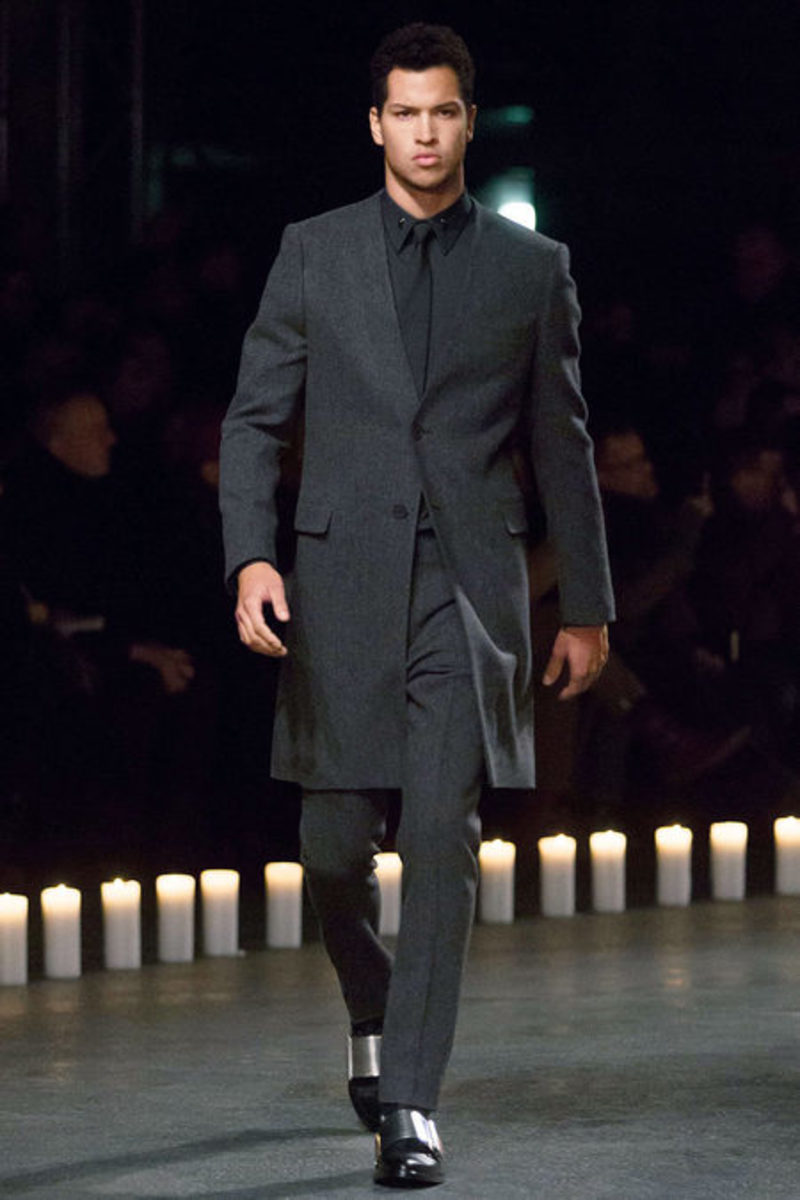 givenchy-fall-winter-2013-collection-runway-show-03