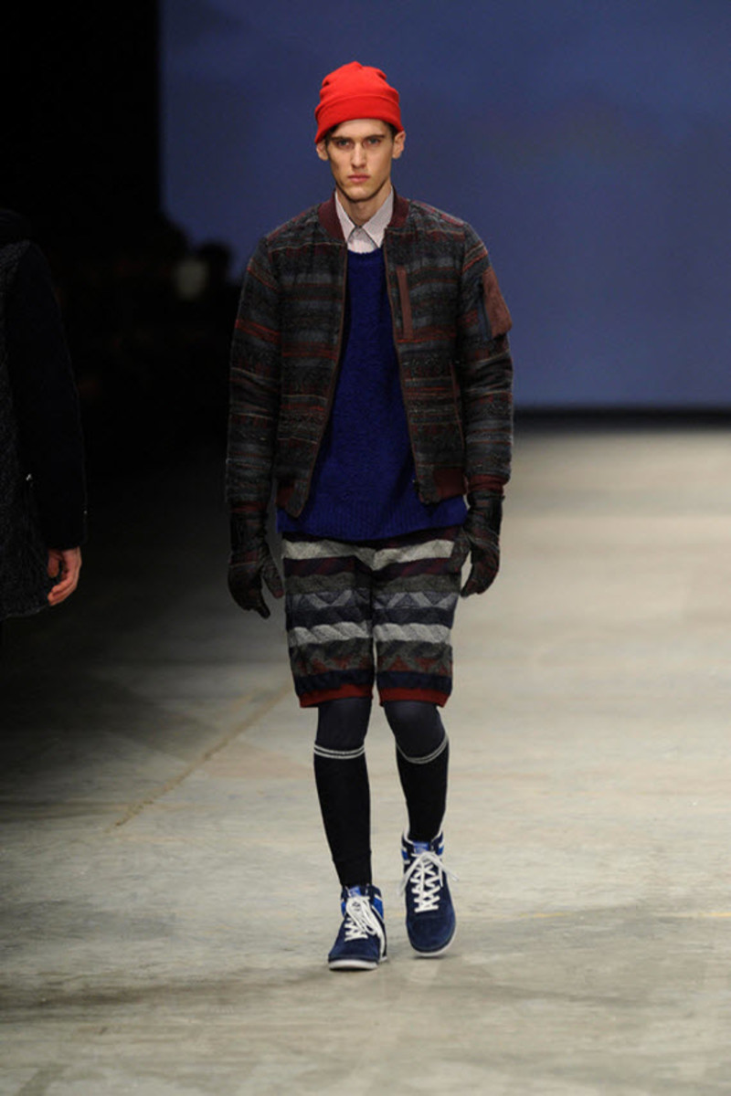 white-mountaineering-fallwinter-2013-collection-runway-show-13
