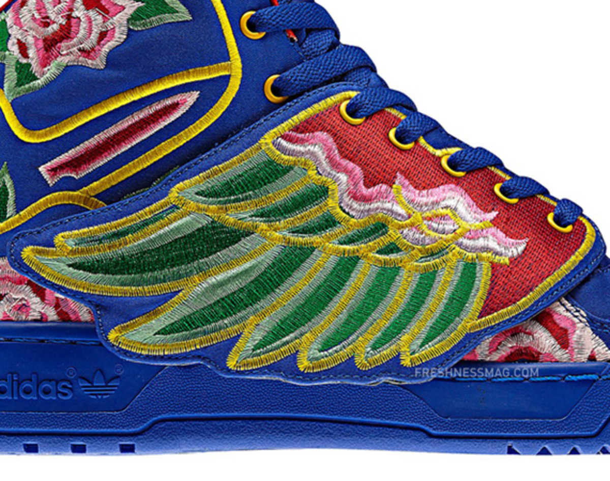 new product 6f4a4 27cd7 eason-chan-adidas-originals-jeremy-scott-js-wings-