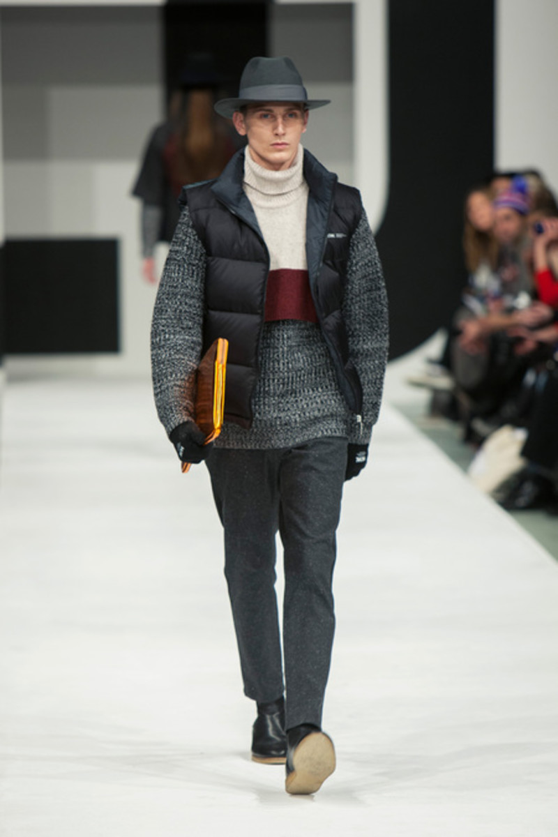 wood-wood-fall-winter-2013-collection-runway-show-09