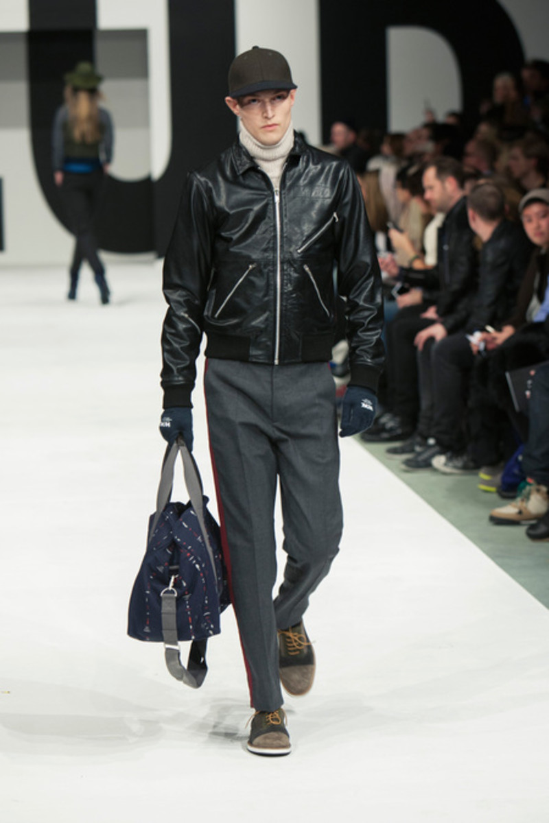 wood-wood-fall-winter-2013-collection-runway-show-07