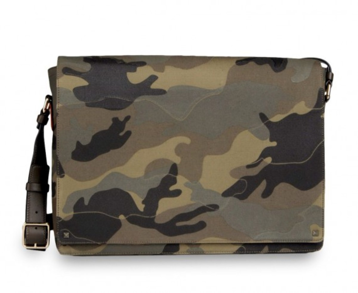valentino-camouflage-collection-18