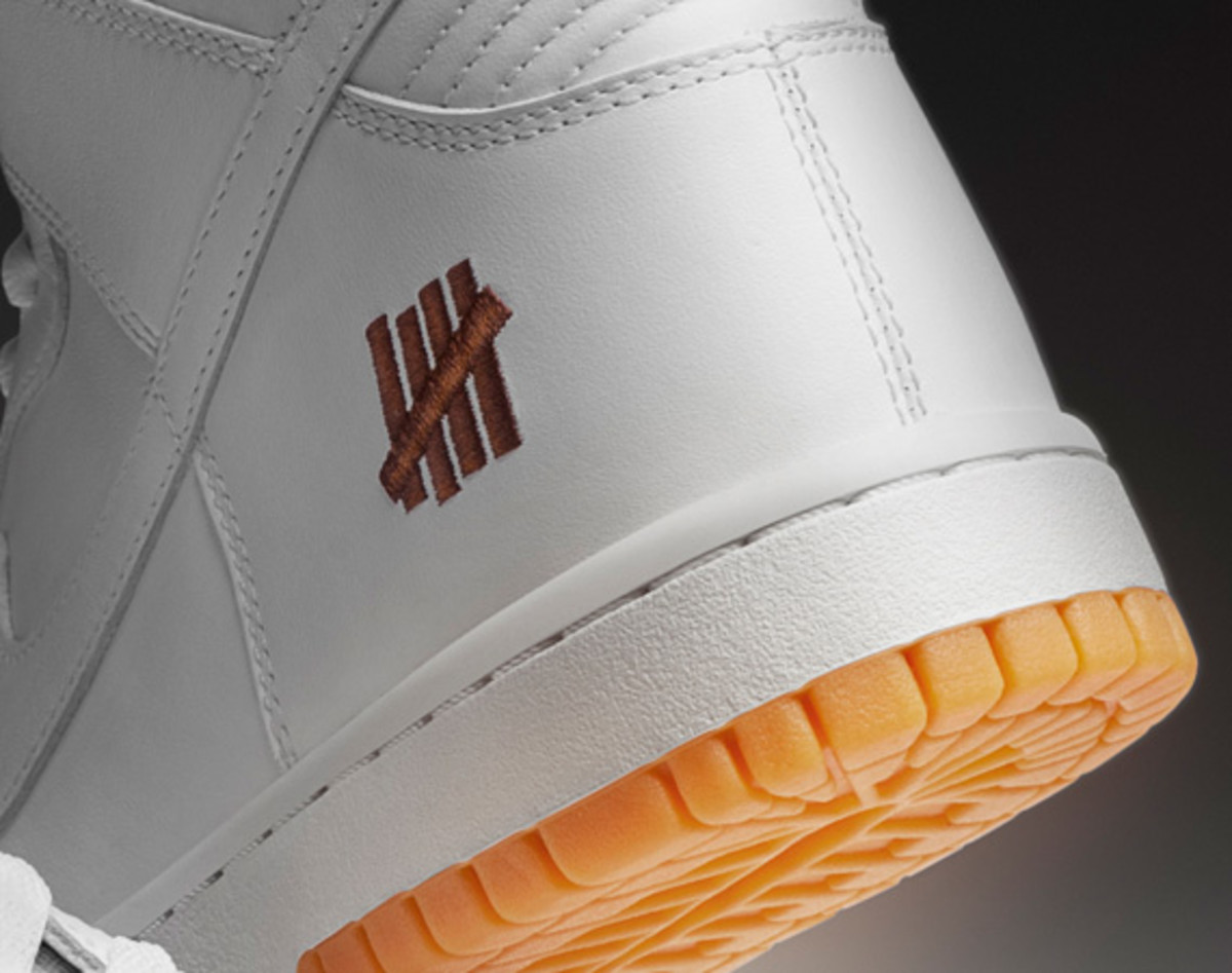undefeated-nike-dunk-high-bring-back-pack-collection-officially-unveiled-02