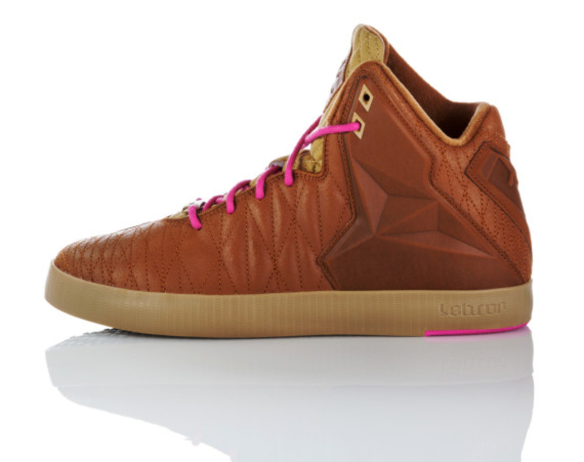 nike-lebron-11-lifestyle-officially-unveiled-18