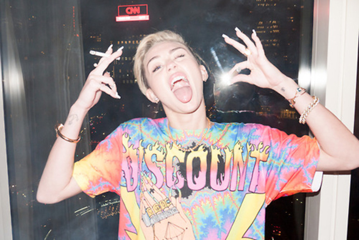 terry-richardson-another-miley-photoshoot-11