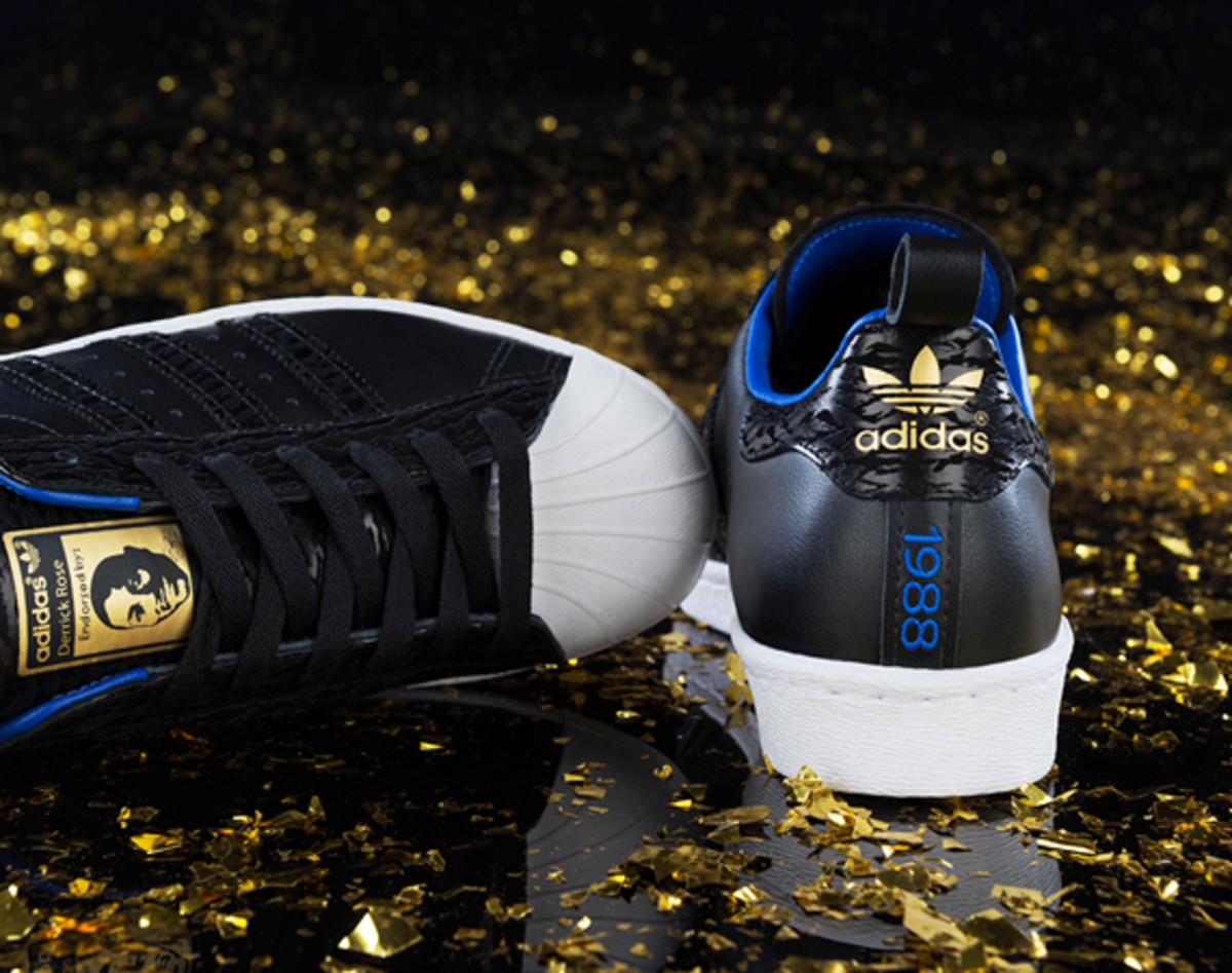 adidas-derrick-rose-25th-birthday-autographed-shoe-giveaway-01