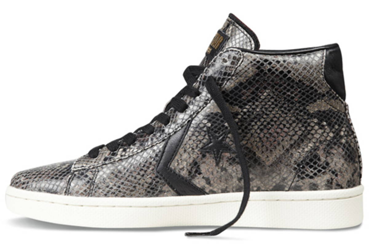 converse-pro-leather-year-of-the-snake-edition-09