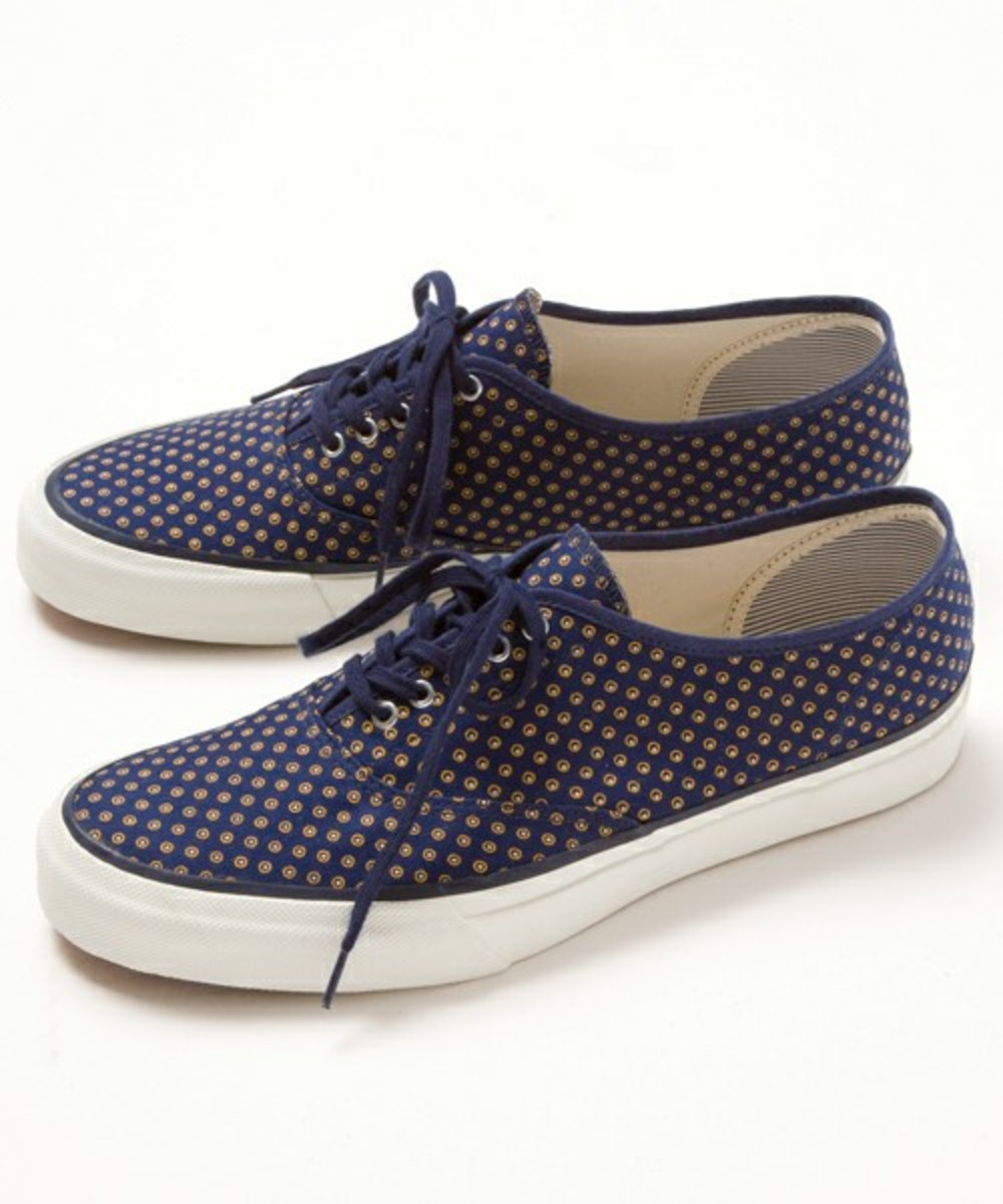the-hill-side-beauty-and-youth-5-eyelet-sneakers-08