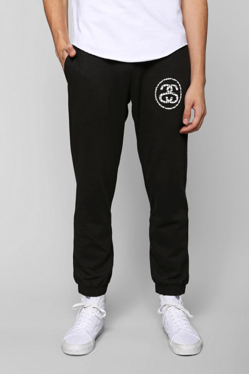stussy-croc-sweatpants-urban-outfitters-exclusive-01