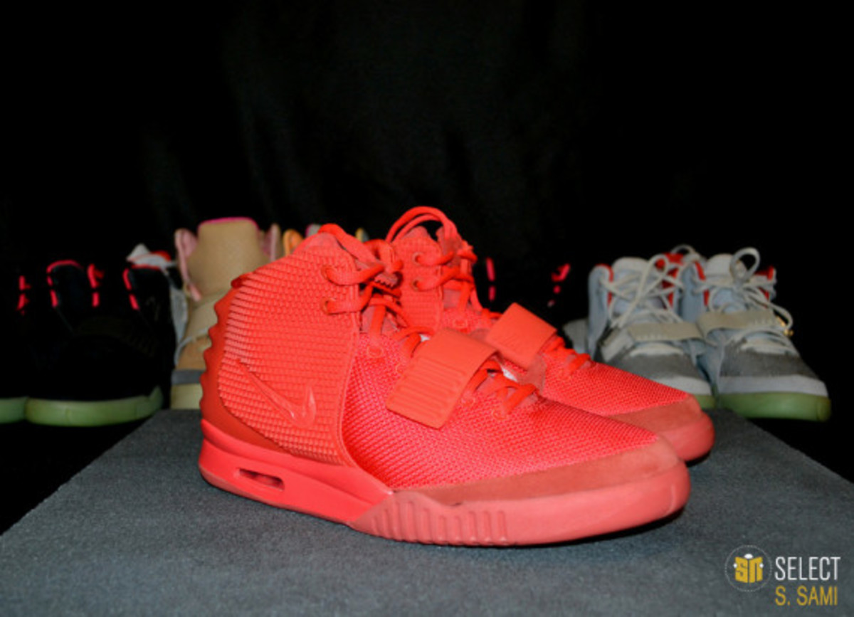 nike-air-yeezy-2-red-october-detailed-look-45