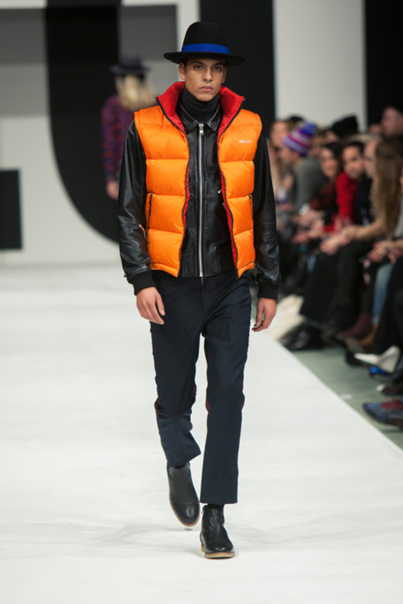 wood-wood-fall-winter-2013-collection-runway-show-13