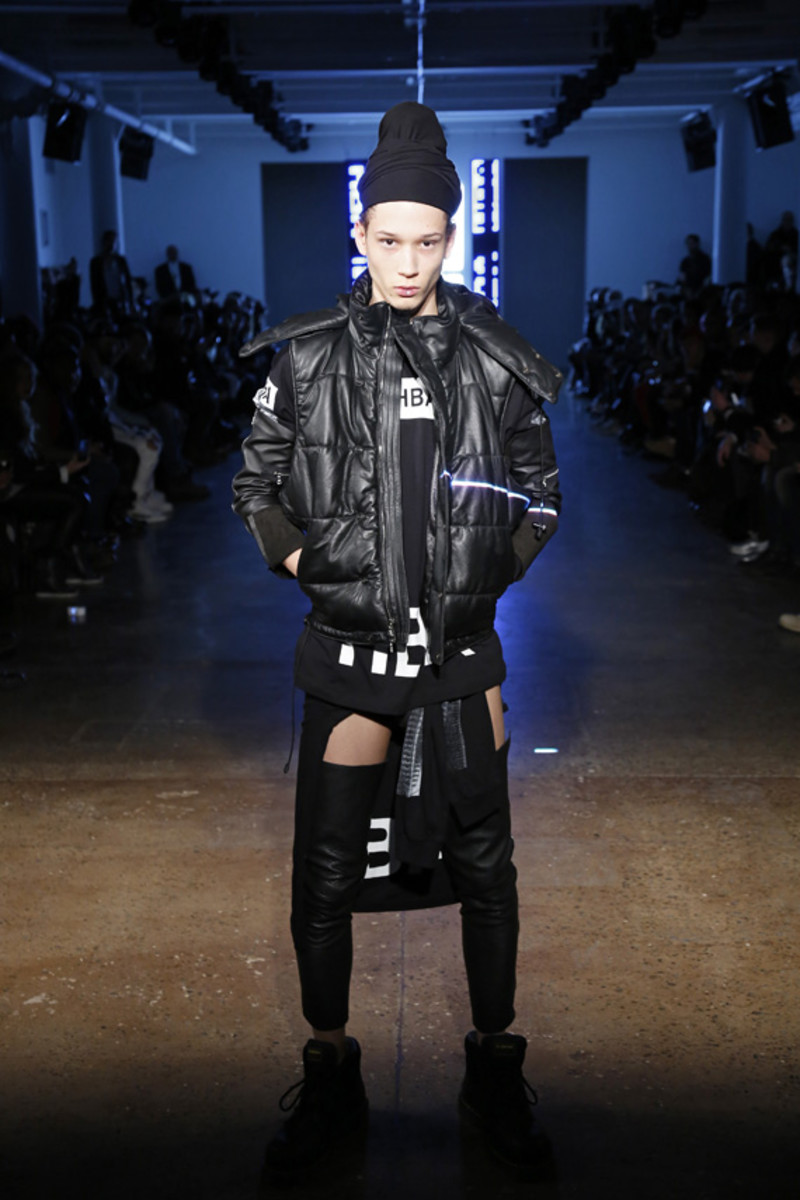 hood-by-air-fall-2013-runway-show-02