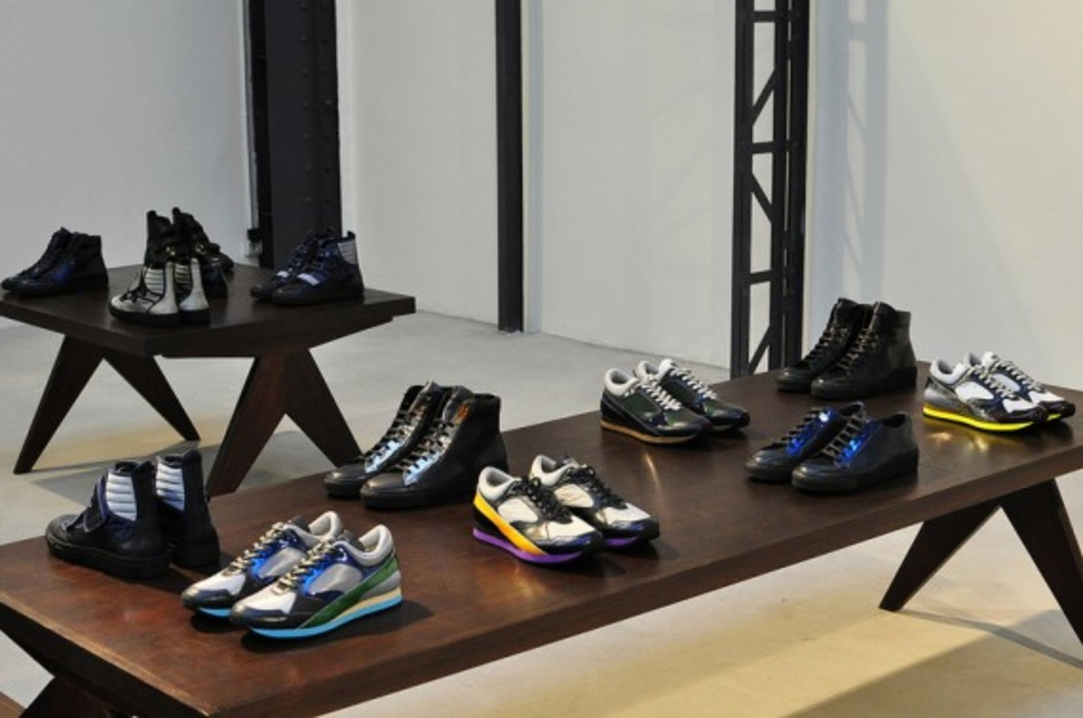 raf-simons-fall-winter-2013-footwear-collection-preview-03