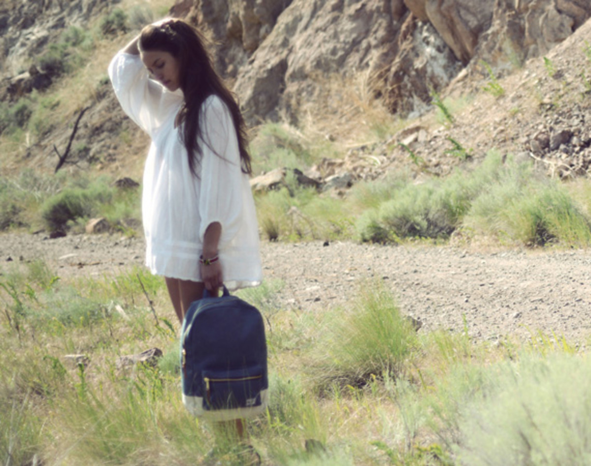herschel-supply-co-spring-2013-collection-lookbook-video-02