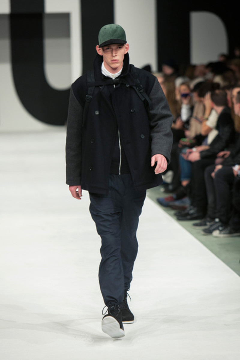 wood-wood-fall-winter-2013-collection-runway-show-11