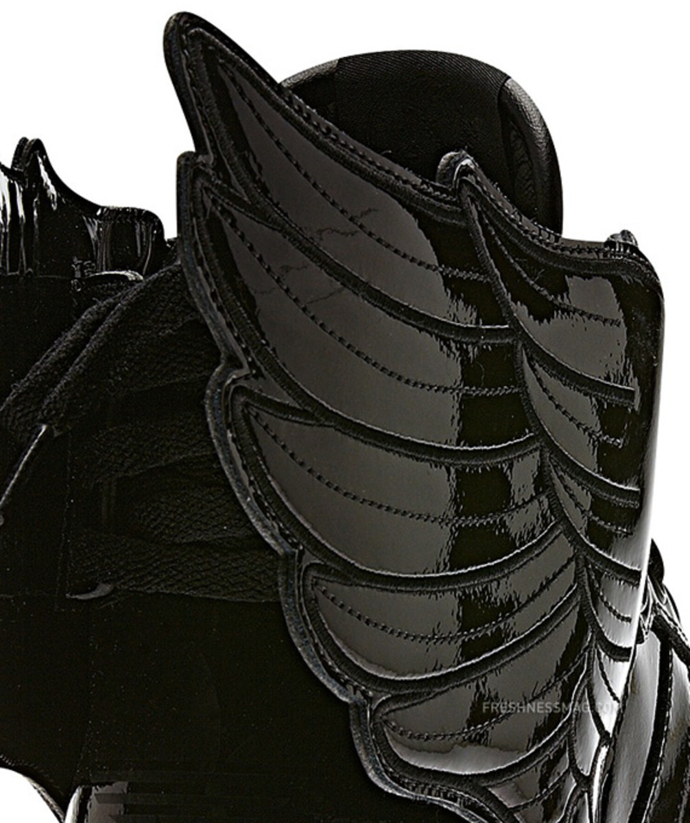 adidas-originals-jeremy-scott-js-wings-2-0-patent-leather-q23668-12