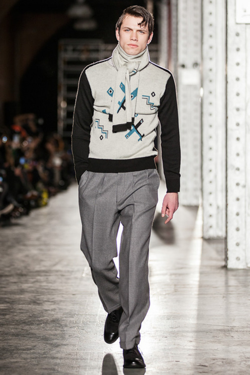 nhoolywood-fall-winter-2013-collection-runway-show-20