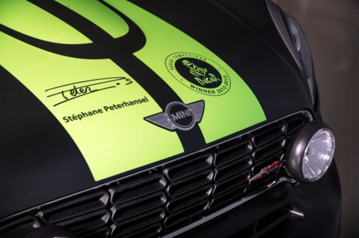 2013-mini-john-cooper-works-countryman-all4-dakar-special-edition-9
