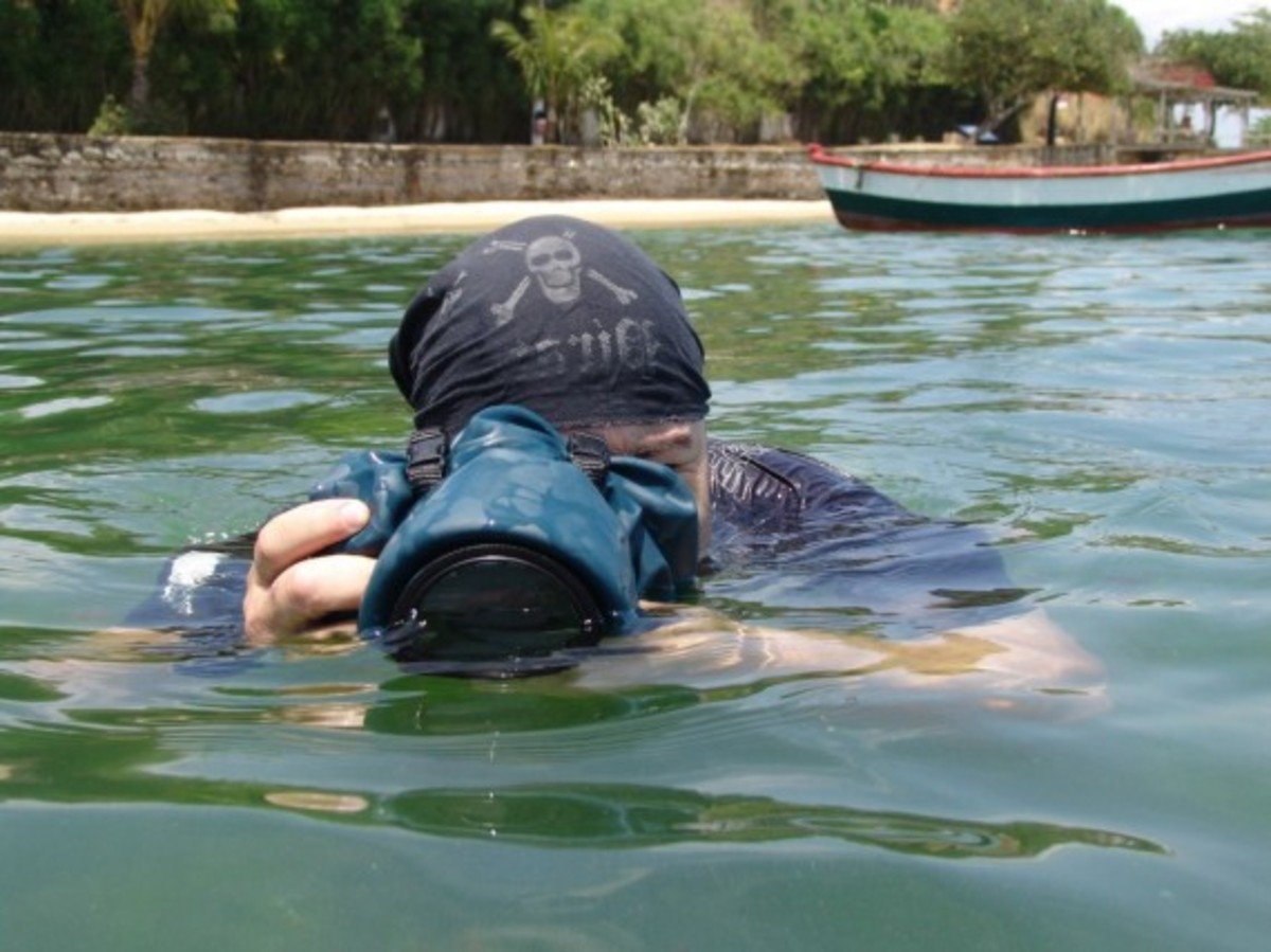 outex-waterproof-dslr-cover-02