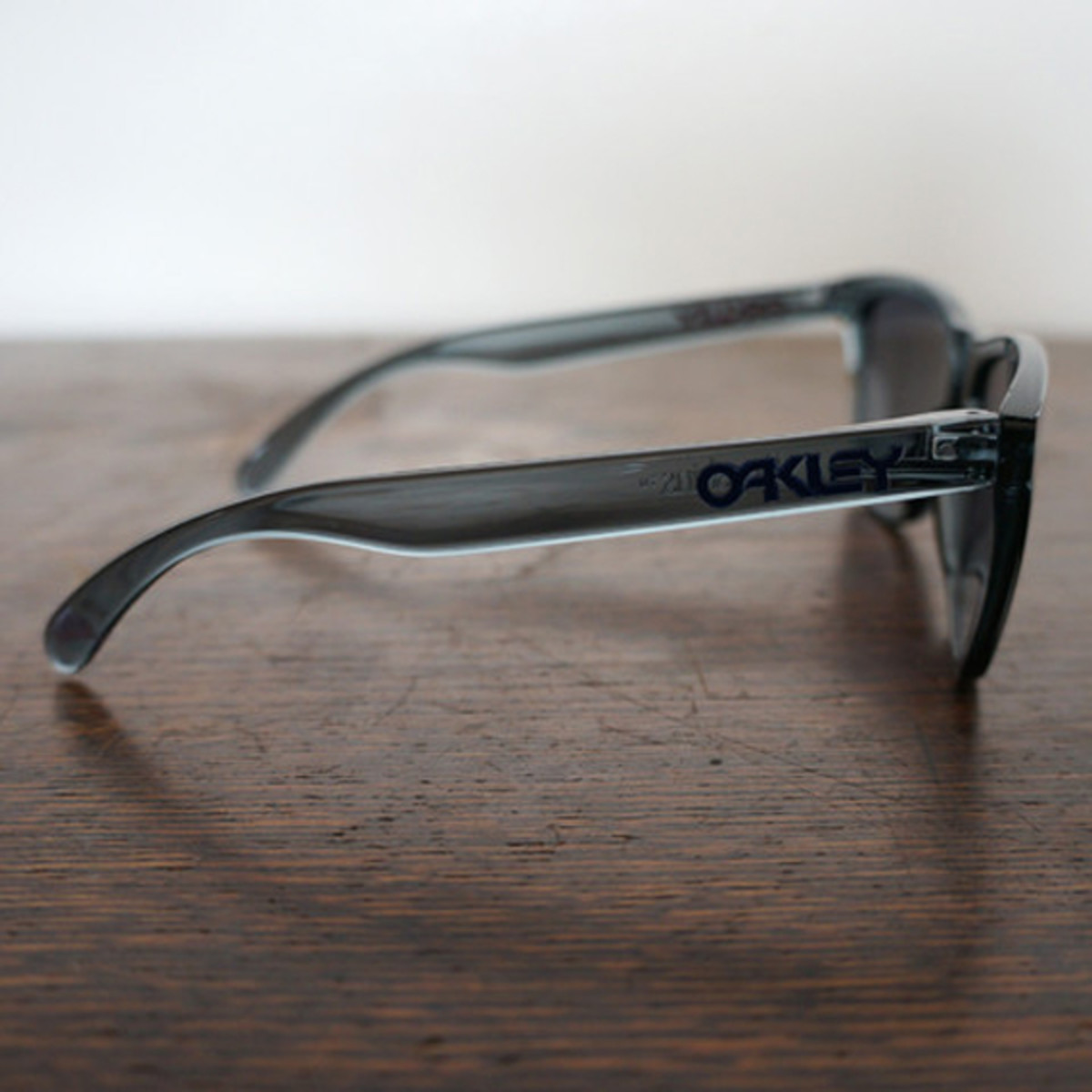 oakley-for-fairends-eyewear-collection-spring-2013-c