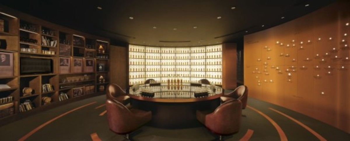 johnnie-walker-house-in-beijing-by-asylum-and-love-09
