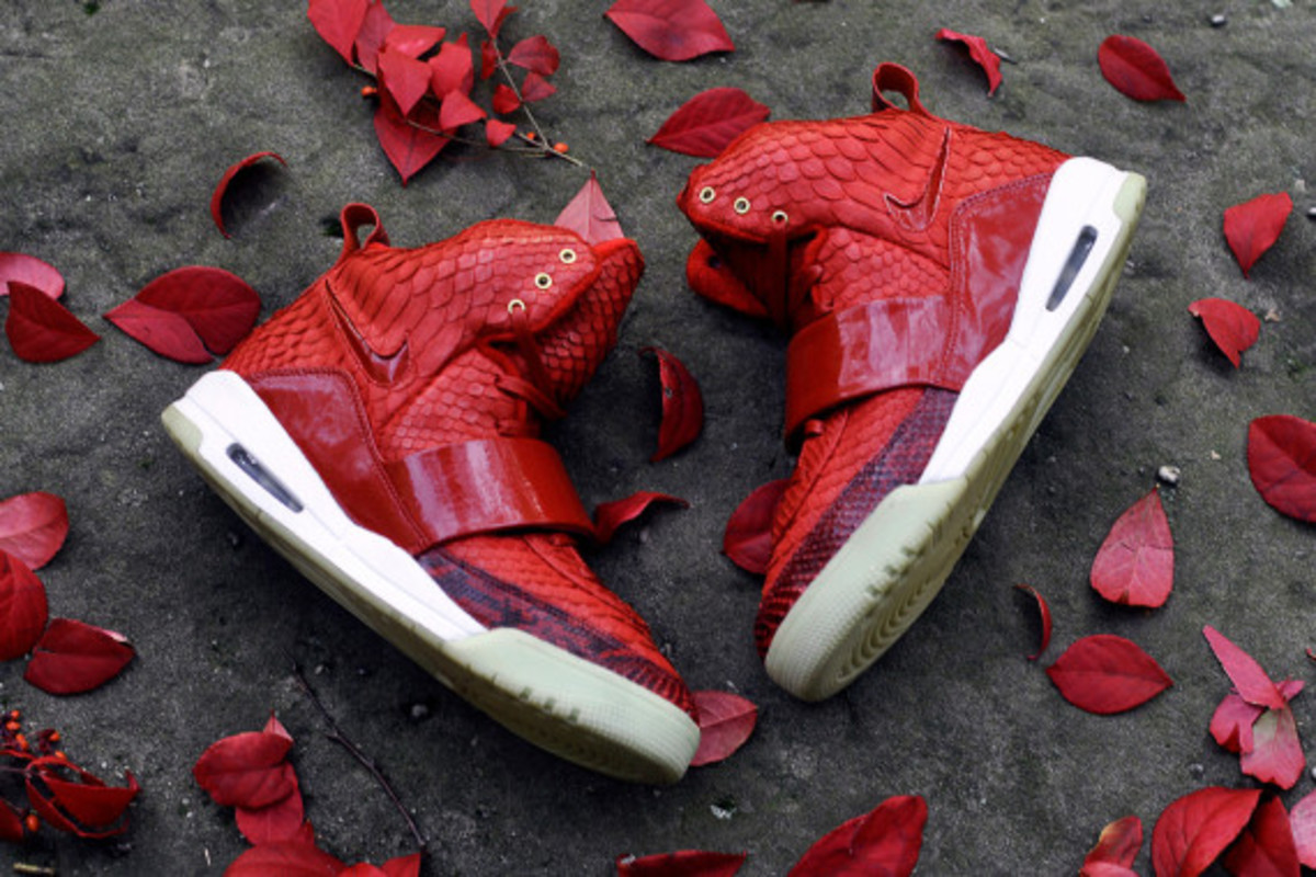 red-october-nike-air-yeezy-1-customs-by-jb-customs-04