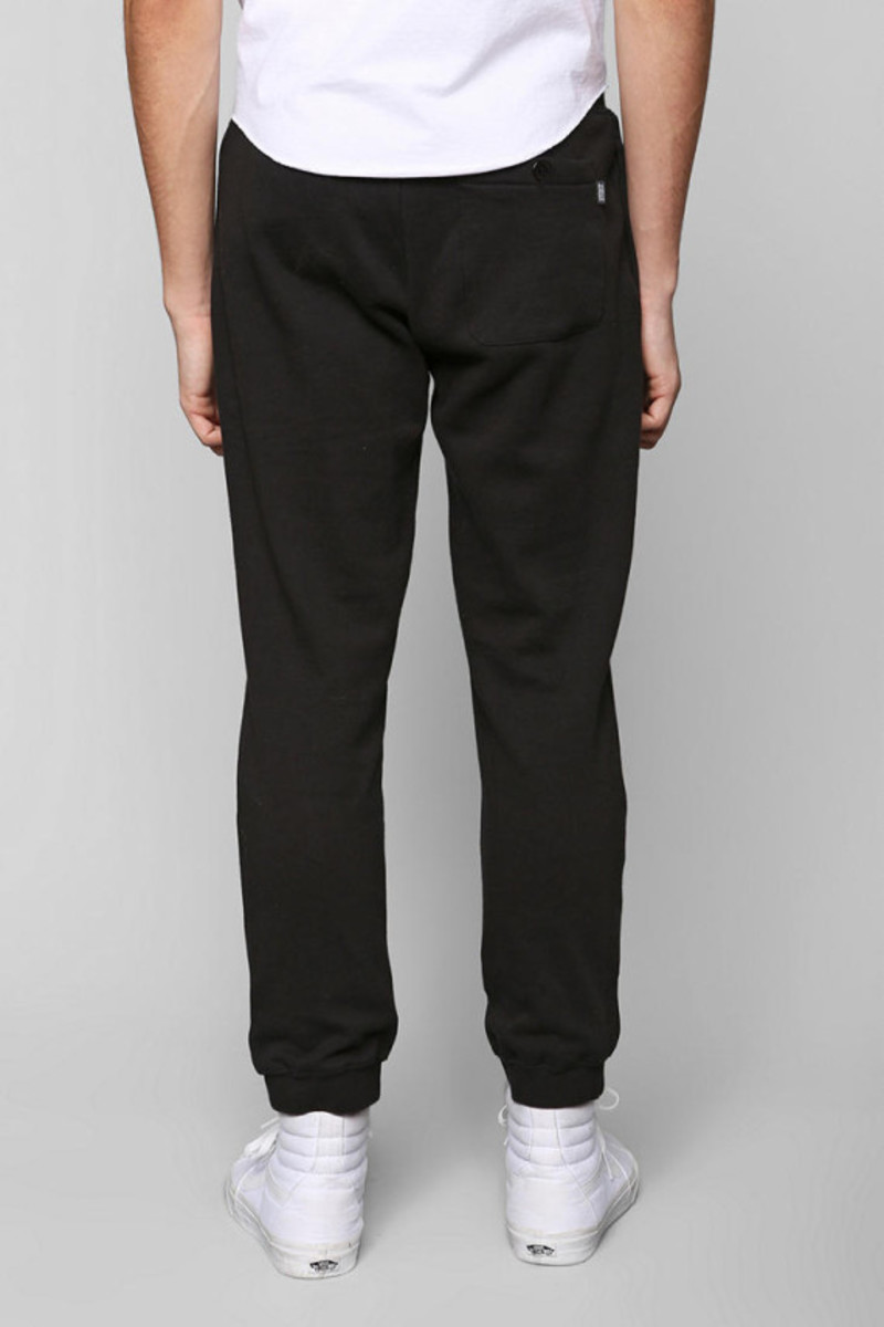 stussy-croc-sweatpants-urban-outfitters-exclusive-03