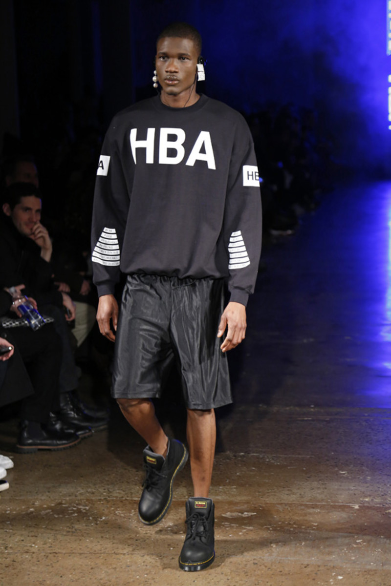 hood-by-air-fall-2013-runway-show-21