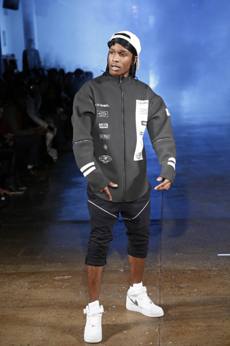 hood-by-air-fall-2013-runway-show-30