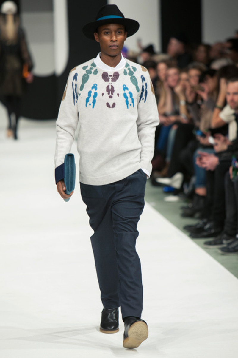 wood-wood-fall-winter-2013-collection-runway-show-02