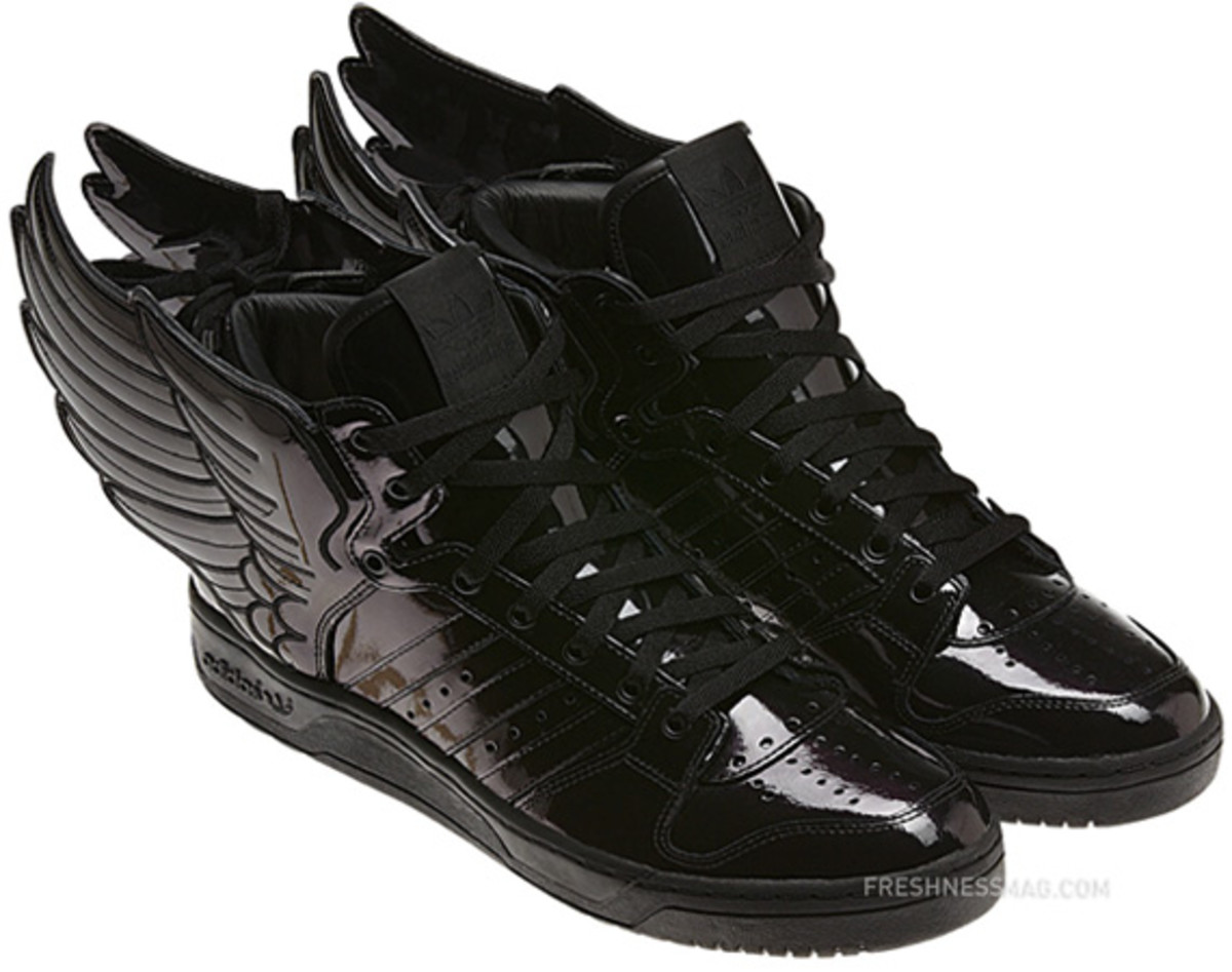 adidas-originals-jeremy-scott-js-wings-2-0-patent-leather-q23668-09
