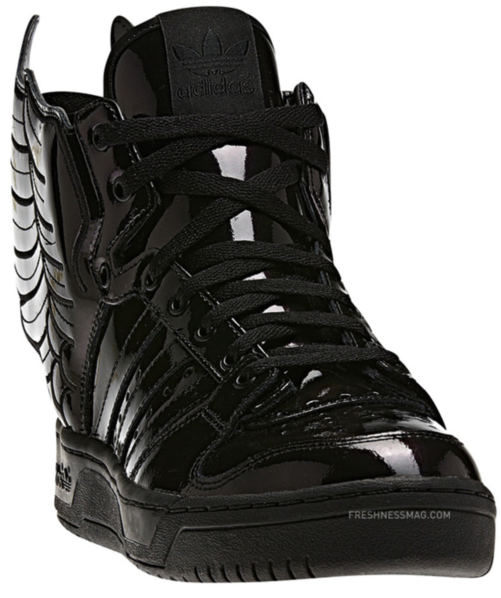 adidas-originals-jeremy-scott-js-wings-2-0-patent-leather-q23668-13