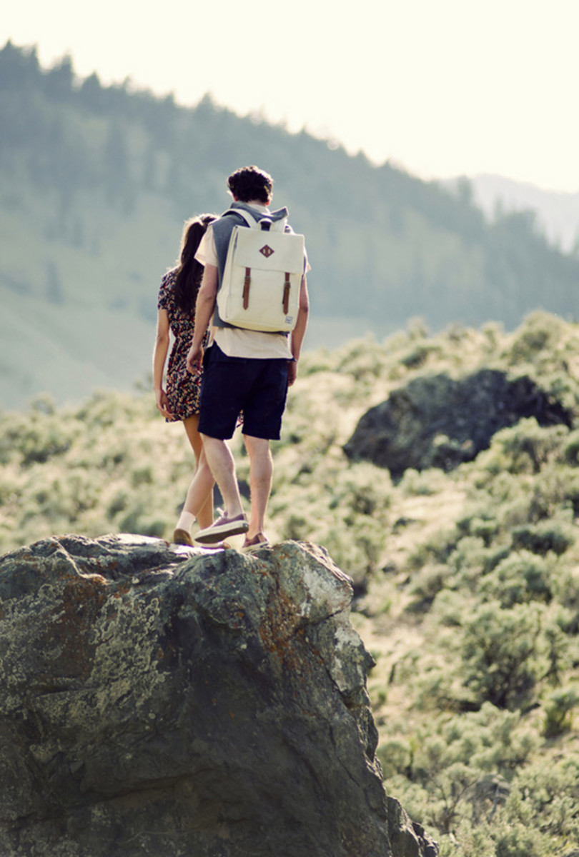 herschel-supply-co-spring-2013-collection-lookbook-video-10