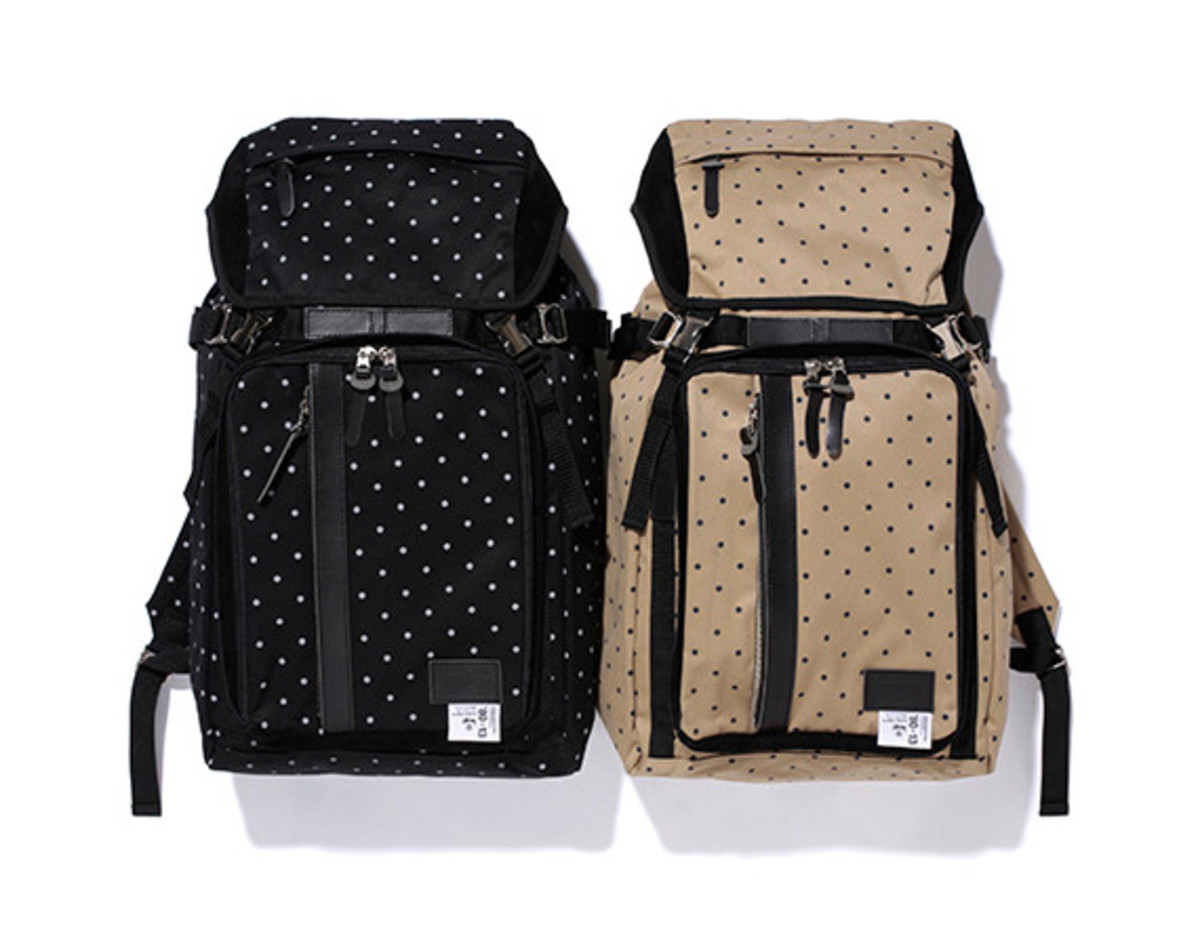 master-piece-stussy-deluxe-spring-summer-2013-bag-collection-01