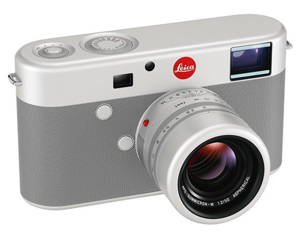 leica-sells-for-1-million-at-sothebys-01