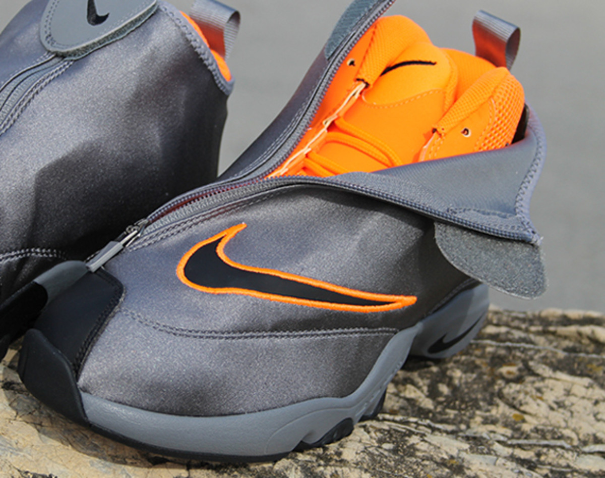 nike-zoom-flight-98-the-glove-oregon-state-01