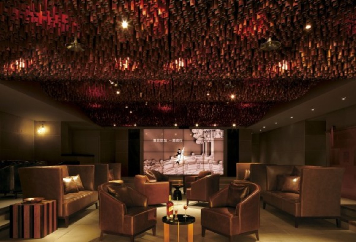 johnnie-walker-house-in-beijing-by-asylum-and-love-11