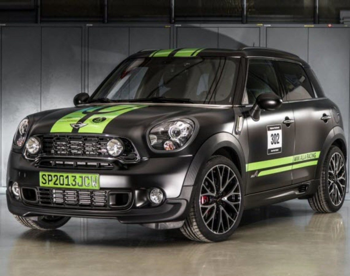 2013-mini-john-cooper-works-countryman-all4-dakar-special-edition-1