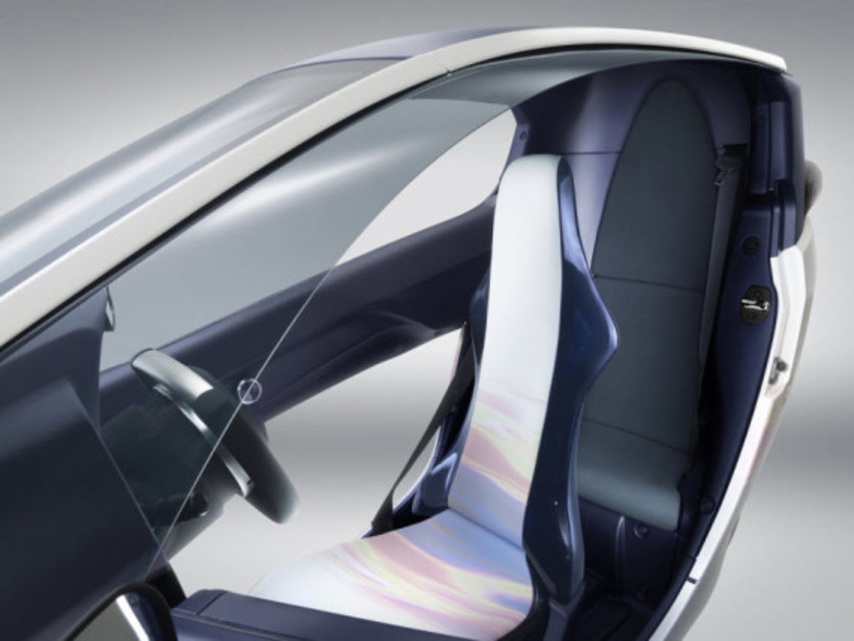 toyota-i-road-personal-mobility-concept-8