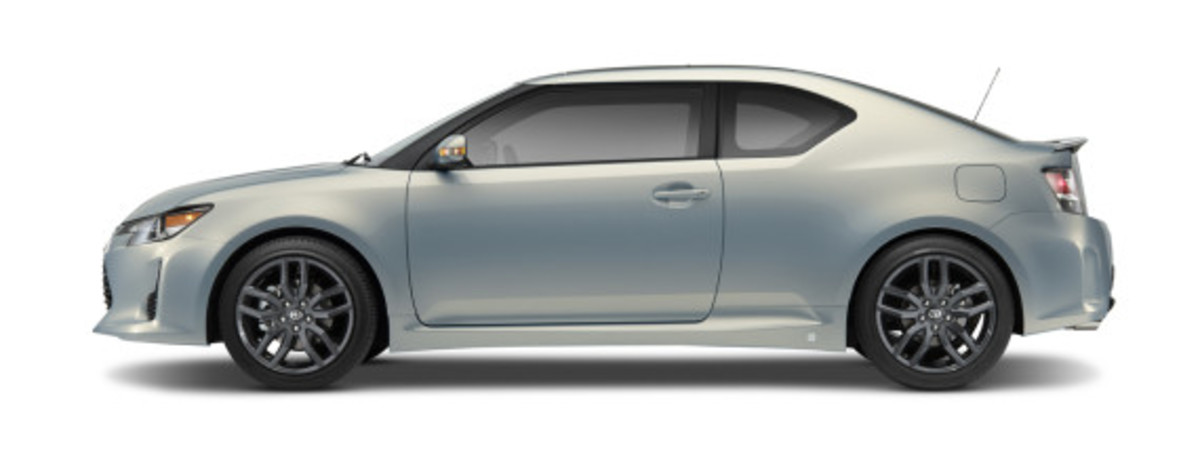 scion-10th-anniversary-special-edition-models-15