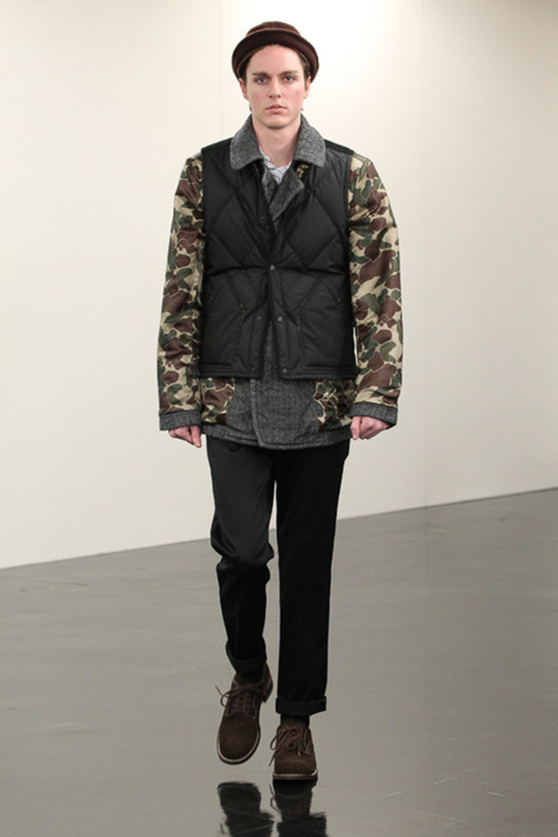 comme-des-garcons-homme-fall-winter-2013-collection-runway-show-22