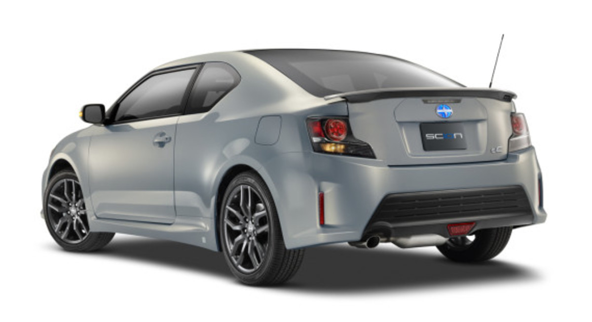 scion-10th-anniversary-special-edition-models-14