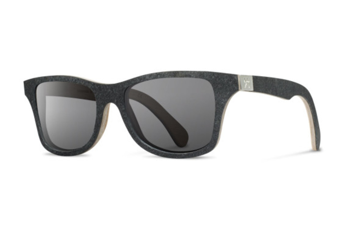Stone_Sunglasses_Canby_Black_Angle