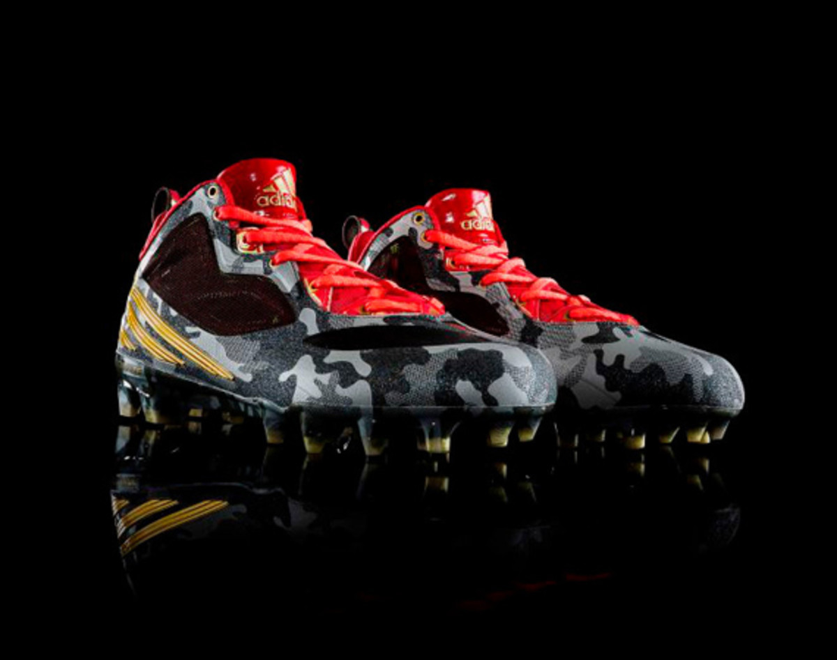 adidas-releases-rgiii-first-signature-cleat-01