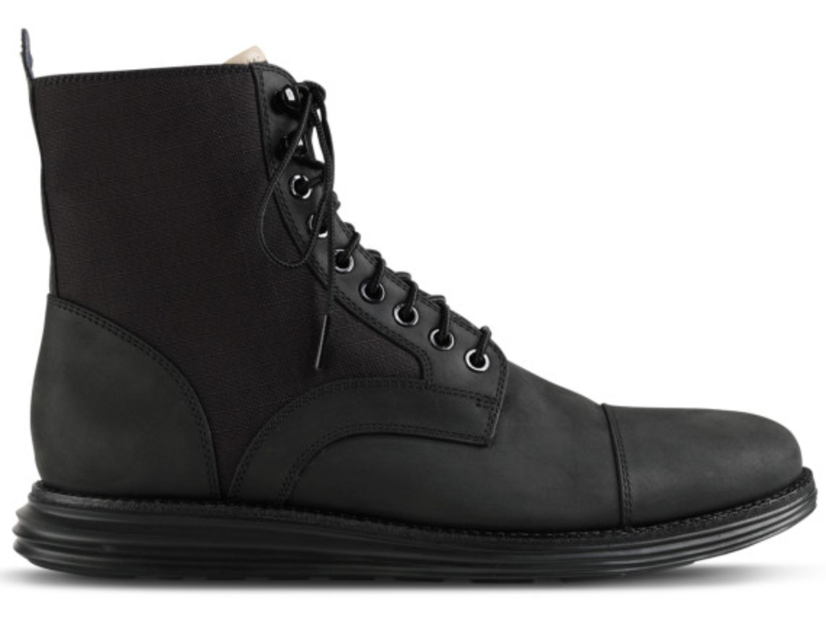 cole-haan-lunargrand-lace-boot-black-05