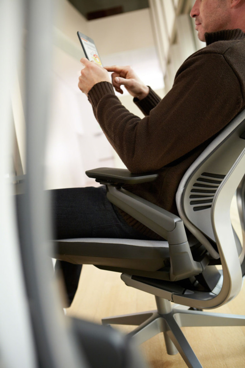 steelcase-gesture-chair-available-13